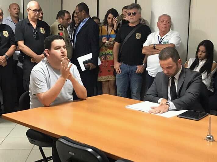 WhatsApp Image 2018 08 23 at 3.58.16 PM - 'E A MINHA SEGURANÇA?': Fabiano Gomes interrompe audiência de custódia para cobrar segurança dentro de presídio - OUÇA