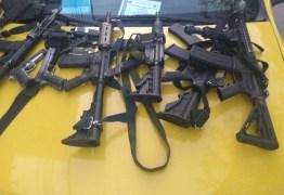 Fuzil e granadas são apreendidos em ações contra o tráfico