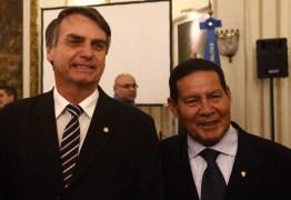 Vice de Bolsonaro rebate críticas: 'Se eu fosse antidemocrático, não estaria participando de uma eleição'