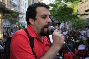 Equipe de Boulos se queixa de relação de Lula ao nome dele