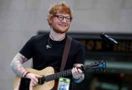 Ed Sheeran dará aula de violão particular para fã que contribuir com instituição