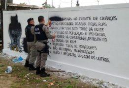 Facção pinta 'código de ética' em parede: 'respeito uns com os outros'
