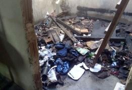 PERIGO: criança de 3 anos tenta matar rato e incendeia casa, no interior da Paraíba
