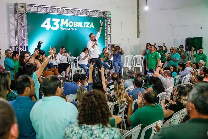 mobiliza0908a 1 - Lucélio Cartaxo realiza plenária na zona sul de João Pessoa