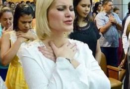 Andressa Urach declara apoio a Bolsonaro e é detonada no Twitter