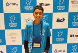 Aluno da rede estadual da PB ganha ouro na Olimpíada Brasileira de Matemática