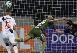 Rumo aos 100, Vasco já sofreu mais gols este ano do que em 2017 inteiro