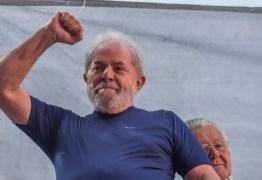 """Em carta, Lula manda general Mourão fazer curso de humanismo : """"não julgue avós e mães pobres pelo seu conceito medíocre"""""""