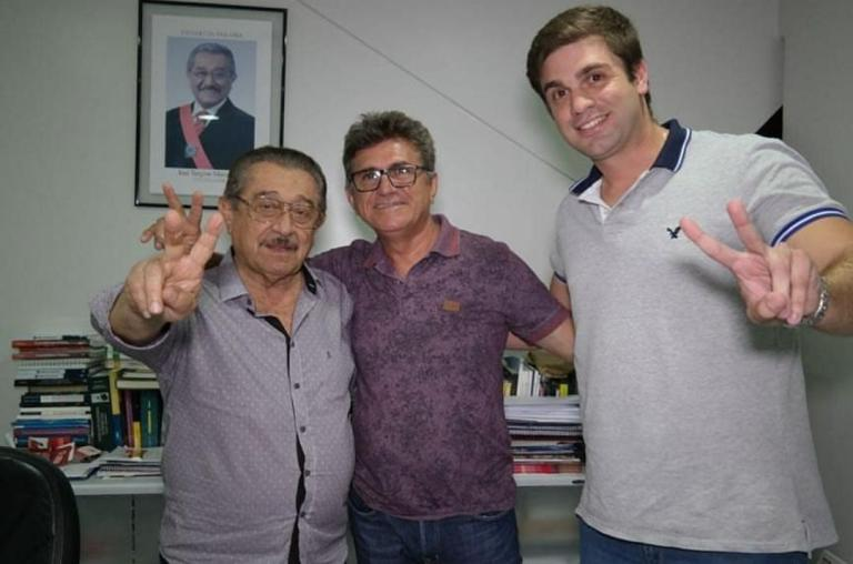 69AFB0FB 9F30 4D56 A635 F52EBAE92DE9 - Presidente da Câmara de Rio Tinto adere à candidatura de Maranhão