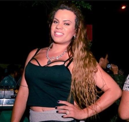 Capturar 39 - Trans ameaça dar nomes de ex-casos héteros que votam em Bolsonaro - VEJA VÍDEOS