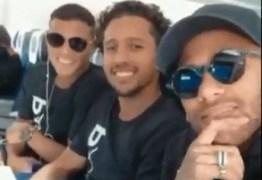 Neymar mostra embarque do PSG para encarar o Liverpool na Champions – VEJA VÍDEO