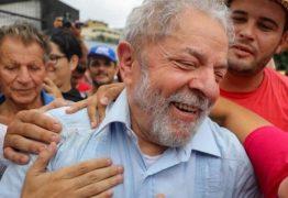 Prisão do ex-presidente Lula completará um ano, sob pressão
