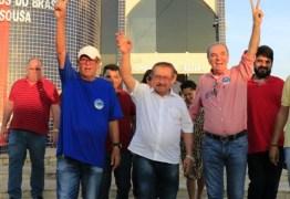 Candidato mais velho ao governo, Maranhão aniversaria em campanha