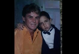 Pai faz despedida emocionada para brasileiro morto por ataque de tubarão nos EUA