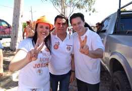 Wilson Santiago se reúne com lideranças de 15 cidades da Paraíba