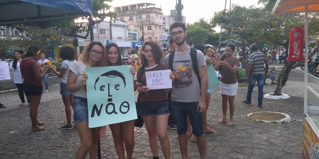 WhatsApp Image 2018 09 25 at 19.37.32 e1537917519459 - #ELENÃO: Na Paraíba, Guarabira realiza primeiro ato das Mulheres contra Bolsonaro - VEJA VÍDEOS!