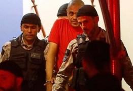 """Site barra """"vaquinha"""" para tirar agressor de Bolsonaro da prisão, diz coluna"""