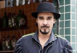 Ator da Record é detido por ameaça e desacato em bar no Rio