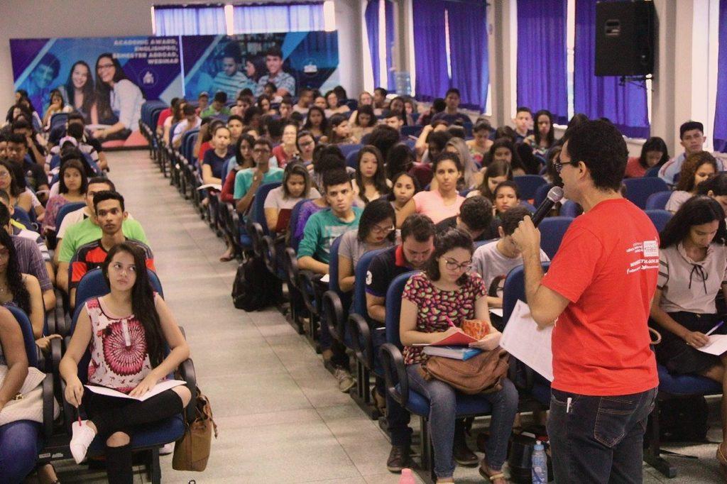 aulão - ENEM: professores da rede privada promovem aulão dia 29 de setembro