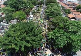 UM DIA APÓS #ELENÃO: Manifestantes a favor de Bolsonaro realizam carreata em João Pessoa