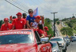 José Maranhão faz grande carreata do Geisel a Cabedelo e Wellington Roberto estranha rasantes do helicóptero da PM
