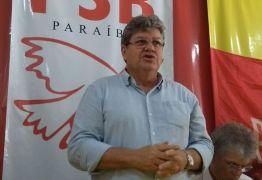 João é recebido por pastor Estevam, que projeta êxito em sua caminhada política