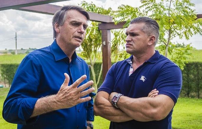 PSL retribui 'elogio' de Cássio e critica ataques de Ricardo a Bolsonaro