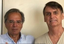 Após polêmica em torno da CPMF, Bolsonaro posta foto com economista Guedes