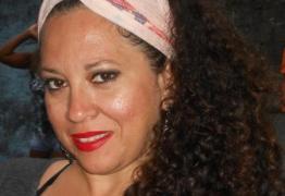 Uma das administradoras da página contra Bolsonaro no Facebook sofre agressão