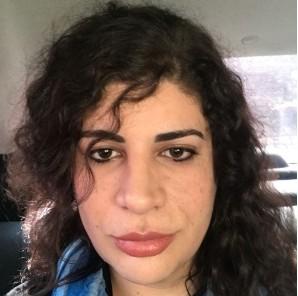 prof - Professora trans ganha na Justiça direito de voltar a dar aula após ser demitida