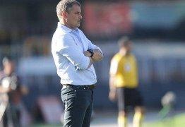 Dos 20 times da Série A do Brasileiro, só cinco não trocaram de técnico