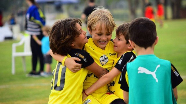 xfilho neymar 1 jpeg.jpg.pagespeed.ic .k79aFiQMC8 - Filhos de Neymar e Kaká disputam torneio infantil no interior de São Paulo