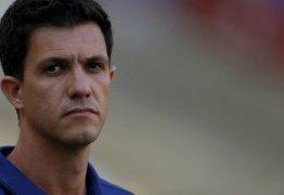 Flamengo demite o técnico Maurício Barbieri após eliminação na Copa do Brasil