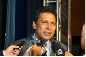 """00362 300x200 - OUÇA – PEC que modifica eleições na ALPB é aprovada com voto contra de Hervázio e comemoração de Barbosa: """"Um dos dias mais marcantes e felizes dessa Casa"""""""