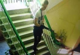 Enfermeira que ajudou vítimas de massacre na Crimeia tenta se matar ao descobrir que atirador era seu filho