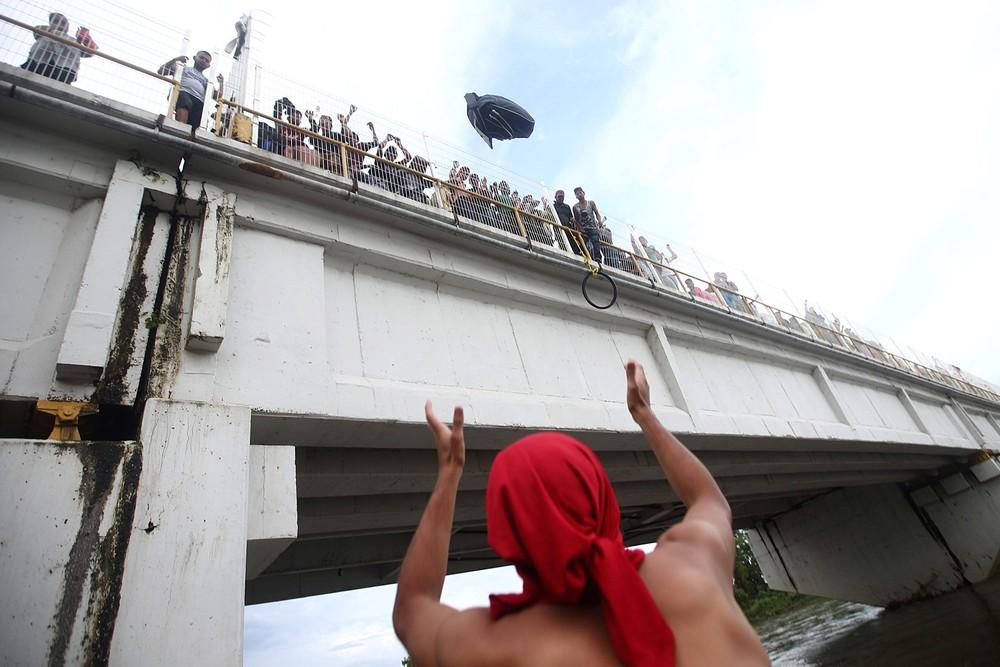 2018 10 20t025105z 429569583 rc1b5bbe7a90 rtrmadp 3 usa immigration caravan - CRISE MIGRATÓRIA: Exaustos e famintos, milhares de hondurenhos chegam ao México rumo aos EUA