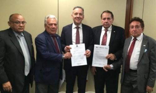 88596 300x178 - Aguinaldo recepciona prefeitos e firma compromisso de trabalhar por recursos para a Saúde e a Infraestrutura de cidades paraibanas