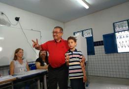 José Maranhão é o terceiro candidato ao governo a votar nas eleições 2018
