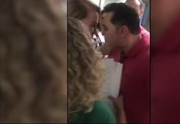 VEJA VÍDEO: Deputado agride prefeita que decidiu apoiar Bolsonaro: 'Você é uma puta que rouba. Eu vou te prender, sua puta'
