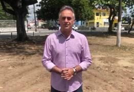 Construções e reformas em 12 praças avançam e prefeito visita obras da Pedro Gondim