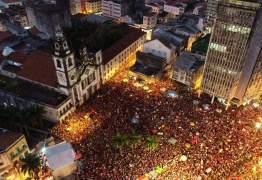 Haddad reúne centenas de pessoas no Recife em último ato de rua da campanha – VEJA VÍDEO