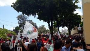 WhatsApp Image 2018 10 26 at 10.09.45 300x169 - Milhares de pessoas participam de ato público com Haddad em João Pessoa; Veja vídeo