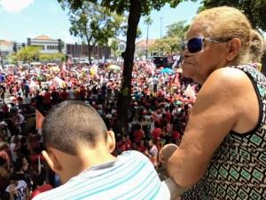 WhatsApp Image 2018 10 26 at 10.25.02 300x225 - Milhares de pessoas participam de ato público com Haddad em João Pessoa; Veja vídeo