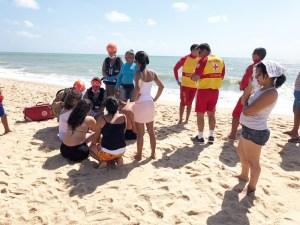 afogamento gramame morte 300x225 - Homem morre afogado na praia de Gramame em João Pessoa