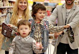 Intenção de consumo das famílias cai após duas altas seguidas
