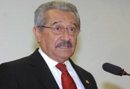 Impasse na bancada do MDB leva Maranhão a ser líder provisório