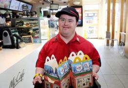 McDonald's oferece vagas para pessoas com deficiência na Paraíba