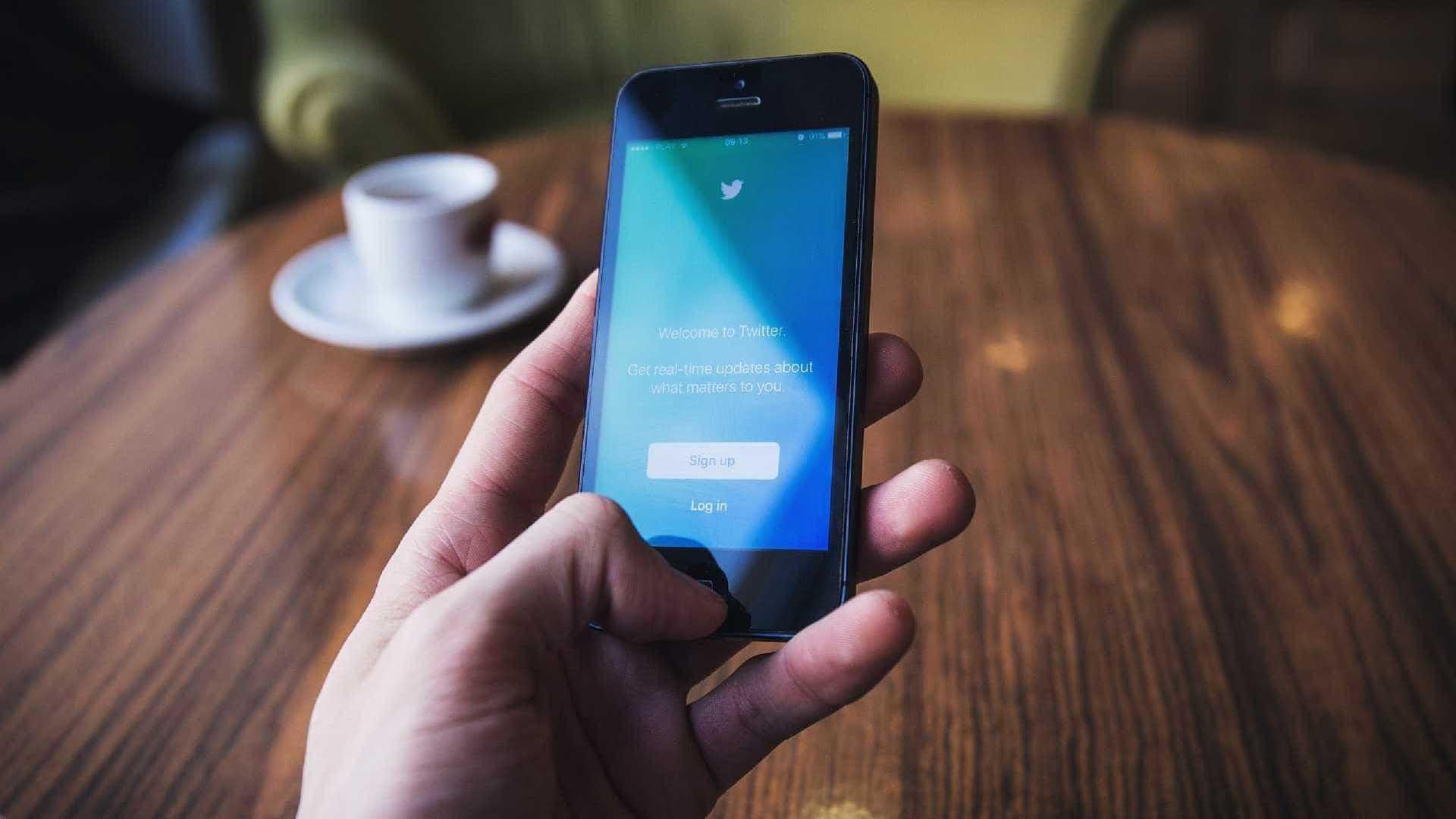 naom 5994b41a66af3 - Menções a Ciro e Bolsonaro estão nos trending topics do Twitter mundial