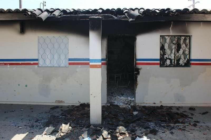 photo 2018 10 29 13 43 58 - Após resultado eleitoral, escola e posto de saúde de atendimento a indígenas são incendiados em Pernambuco