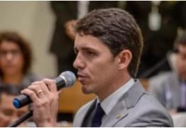 """""""Estamos passando por uma revolução na política"""" avalia Tovar Correia Lima"""